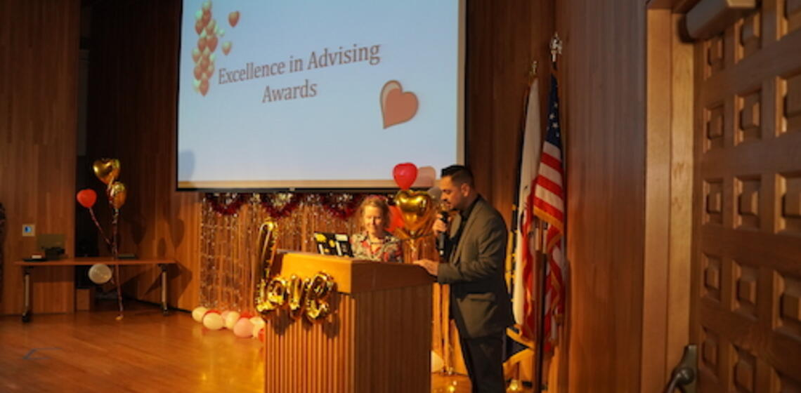Opening of the Excellence in Advising Awards (2019) with Susan Hagstrom and Julian Ledesma